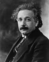 Albert Einstein, 1879-1955 físico alemán, considerado como el científico más importante del siglo XX. En 1905, cuando era un joven físico desconocido, empleado en la Oficina de Patentes de Berna, publicó su teoría de la relatividad especial.