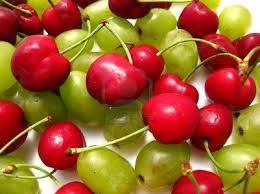 Uvas y cerezas
