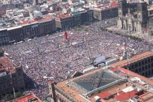 Asamblea, en el Zócalo de la ciudad de México, 26 de octubre de 2014