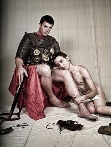 Centurión romano y su jocen amante